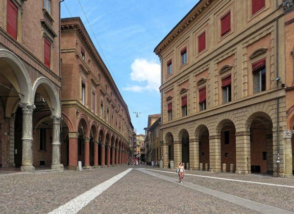 Bolonja - crveni grad, Italija - aviokarta.rs