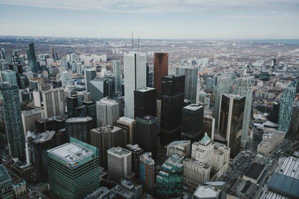 Avio karte Beograd Toronto soliteri u centru