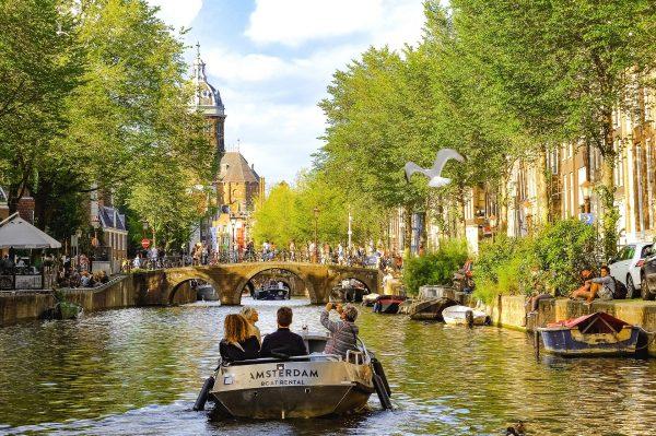 Avio karte Beograd Amsterdam krstarenje kanalima