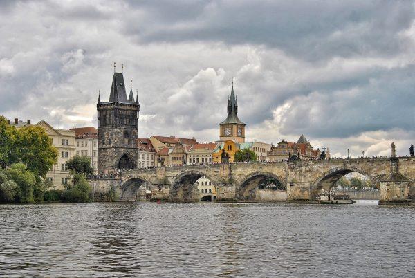 Avio karte Beograd Prag Karlov most