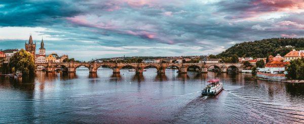 Avio karte Beograd Prag krstarenjem Vltavom