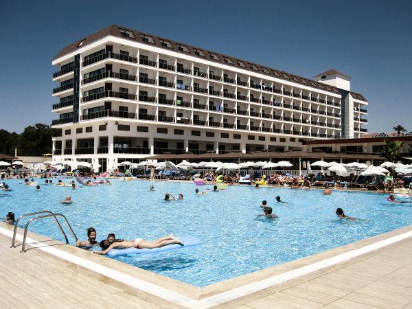 Avio karte Beograd Antalija hotel sa bazenom