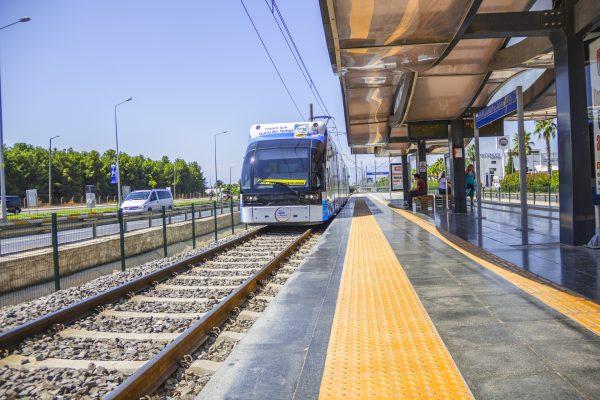 Avio karte Beograd Antalija tramvaj javni prevoz