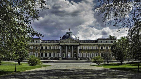Avio karte Beograd Brisel kraljevska palata
