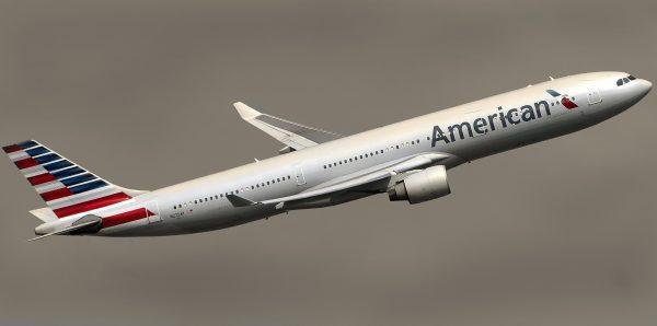 American Airlines avion uzletanje